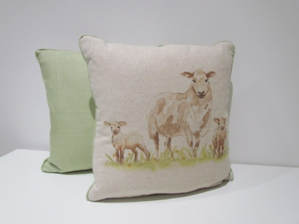 Ewe & lambs cushion _3