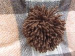 Pom pom wool check cushion_4